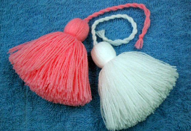 Как сделать большой бубон из ниток на шапку